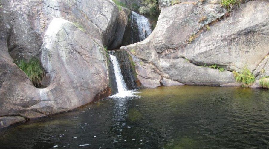 Piscinas Naturales: Charco de la Tinaja – Río Arbillas
