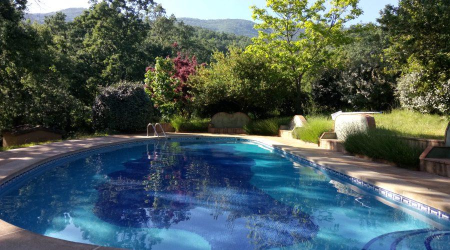 Ya tenemos abierta nuestra piscina - Hotel Rural El Camino